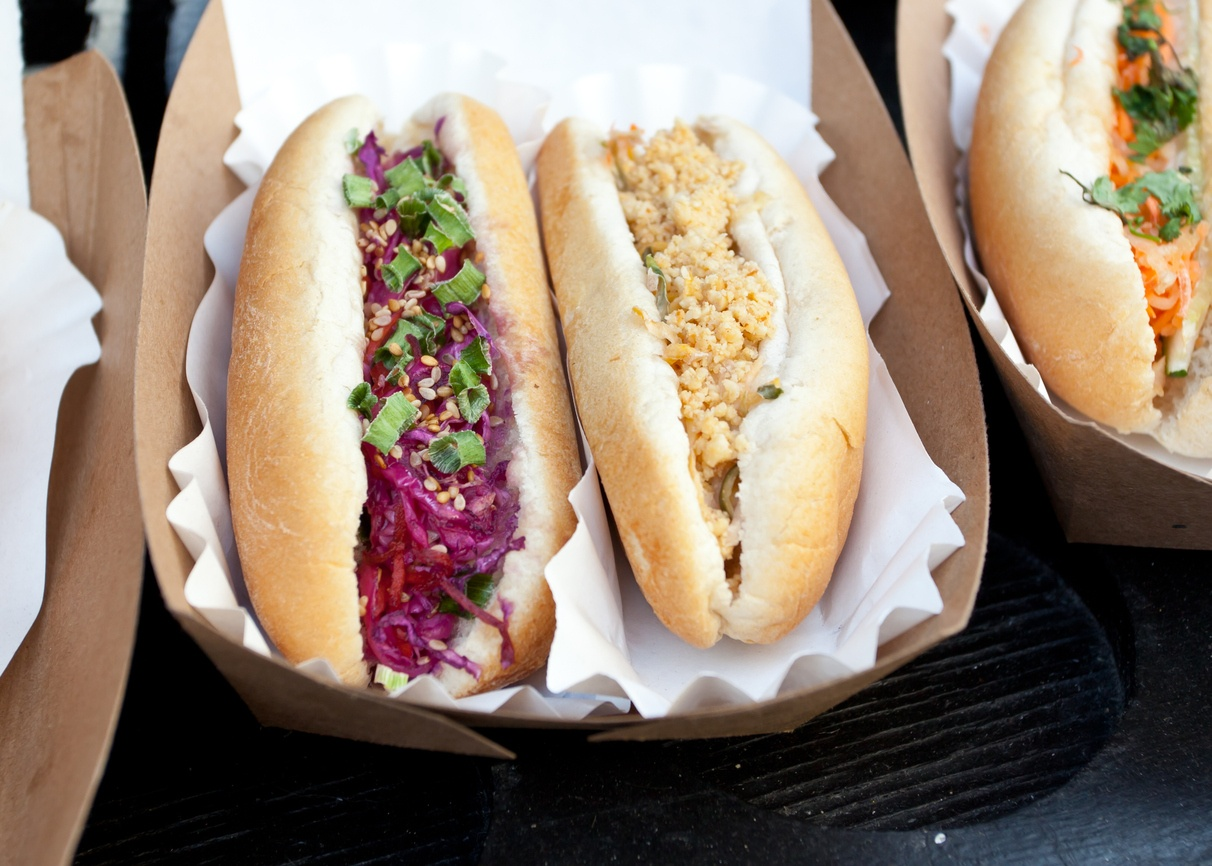 Vegetarische Hot Dogs – der Party-Klassiker neu interpretiert